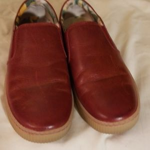Womens Born Leather Red (wine) Smeakers Sz 9